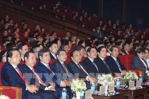 Thủ tướng Nguyễn Xuân Phúc: Cổ phần hóa Agribank chặt chẽ, đúng quy định