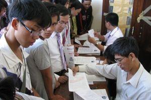 Các trường kinh tế thi tuyển tổ hợp khối C: Đừng cố bằng mọi cách