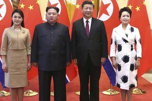 Vợ Kim Jong-un 'đốn tim' dân mạng Trung Quốc nhờ gu ăn mặc tinh tế