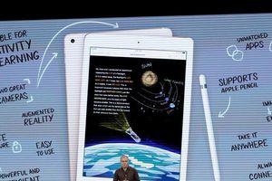 Apple ra mắt iPad siêu rẻ cho học sinh