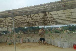 Tiếp bài khai thác 'vàng trắng' ở Phú Thọ: Ai 'bảo kê'cho cơ sở chế biến cao lanh?