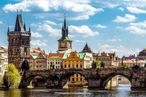Khám phá cầu Charles,Prague: Nhiều bí mật huyền thoại được hé lộ
