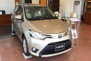 Giá xe Toyota tháng 4/2018: Vios giảm 30 triệu, Camry tăng nhẹ
