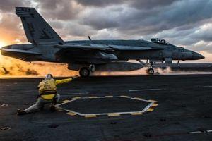 Mỹ thử UAV hạng nặng nhất thế giới cho tàu sân bay
