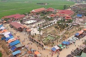 Di tích lịch sử văn hóa đền – chùa Gám vinh dự đón bằng bảo trợ UNESCO Việt Nam