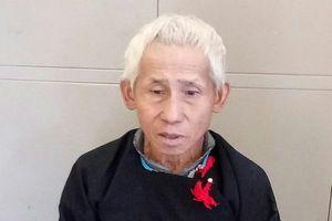 'Ông trùm' ma túy 81 tuổi ra đầu thú sau 13 năm trốn trong rừng sâu