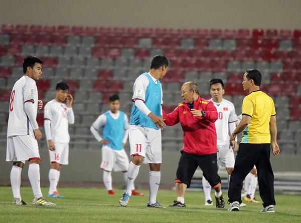 Thầy trò Park Hang-seo phải vào chung kết AFF Cup 2018