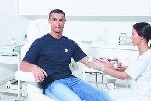 Tiết lộ lý do siêu sao Ronaldo không thích xăm mình