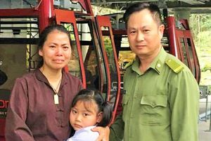 Quảng Ninh: Tìm mẹ cho bé gái 6 tuổi bị lạc ở Yên Tử