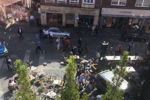 Lao ôtô vào đám đông ở Đức, 3 người chết