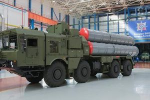 Ngược đời Mỹ khuyên Ấn Độ nên mua tên lửa S-400 của Nga