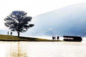 Bỏ lại thư tuyệt mệnh, nam thanh niên tự tử ở hồ Suối Vàng