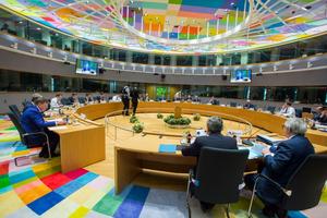 EU 'mông lung' bên cuộc chiến thương mại Mỹ - Trung