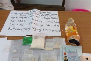 Quảng Ninh: Bắt giữ đối tượng vận chuyển gần 500 viên nén ma túy tổng hợp