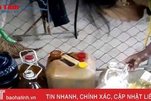 Video: Kỳ lạ giếng nước hóa dầu ở Hương Khê