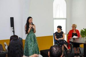 Helly Tống với những chia sẻ về thời trang bền vững và thói quen bảo vệ môi trường