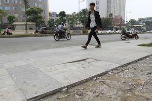 Sau nhiều sai phạm, Hà Nội cho ra quy trình lát đá vỉa hè mới