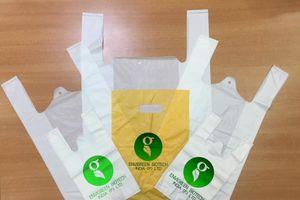 Việt Nam nghiên cứu thành công túi nilon tự hủy làm từ bột sắn, dai hơn nilon thường