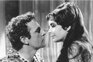 Vén màn chuyện 'tình ái' động trời của nữ hoàng Ai Cập Cleopatra