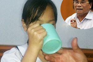 Làm thế nào để không còn cô giáo phạt học sinh uống nước giẻ lau bảng hay 'im lặng' khi giảng bài trên lớp?