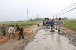 Hà Tĩnh huy động sức dân làm đường giao thông nông thôn