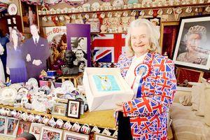 Fan cuồng của Hoàng gia Anh