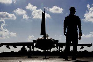 Máy bay Anh tại căn cứ Địa Trung Hải sẵn sàng tham chiến tại Syria