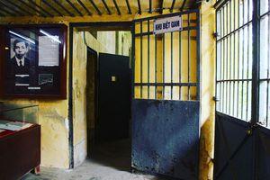 Cận cảnh nhà giam 143 năm tuổi ngay trong bệnh viện Chợ Quán xưa