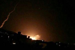 Những hình ảnh đầu tiên về vụ không kích do Mỹ dẫn đầu tại Syria