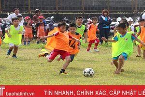 17 cầu thủ nhí trúng tuyển vào Trung tâm đào tạo bóng đá PVF