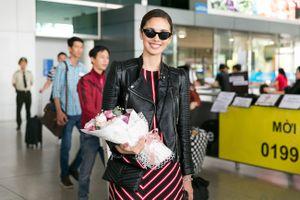 Hoa hậu Thế giới 2013 Megan Young rạng rỡ khi tới Tân Sơn Nhất
