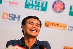 HLV Tài Em cười tít mắt sau chiến thắng của Sài Gòn FC trước HAGL