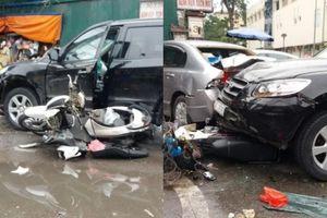 Vụ xe ô tô mất lái gây tai nạn liên hoàn trước cổng viện: Một phụ nữ tử vong