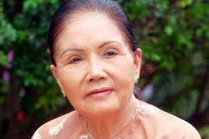 Sầu nữ Út Bạch Lan: Dâng hết yêu thương cho mối tình phụ bạc