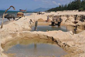 Nhiều ngôi làng ở miền Trung đang chìm dần - Bài 3: Cần đồng thuận chống sạt lở