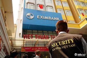 Khách hàng mất gần 300 tỷ tiền tiết kiệm: Eximbank công bố thông tin bất thường