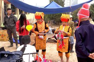 Quảng Ninh: Nét độc đáo phiên chợ Tết của đồng bào dân tộc Ba Chẽ