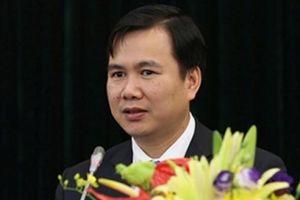 Người trẻ nhất được phong Phó GS nhận quyết định làm Thứ trưởng