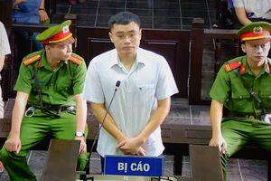Bị cáo Lê Duy Phong nhận toàn bộ tội lỗi và tòa tuyên 3 năm tù