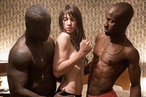 Đạo diễn chuyên trị phim nóng 'Người đàn bà cuồng dâm' tái xuất hứa hẹn 'nặng đô' hơn