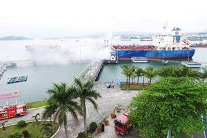Petrolimex diễn tập toàn ngành về ứng phó sự cố dầu tràn và phòng cháy chữa cháy