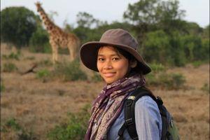 'Cô gái tê giác' ra mắt sách Trở về nơi hoang dã
