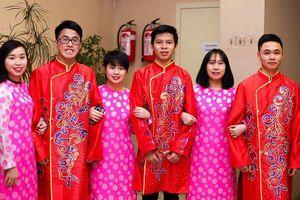 Không khí đón Tết cổ truyền của du học sinh Việt Nam trên thế giới
