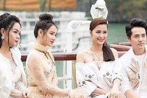 Nhã Phương cùng dàn sao nữ xuất hiện xinh xắn tại show thời trang