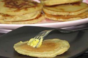 Cách rán bột mì thơm ngon cho bữa sáng nhẹ