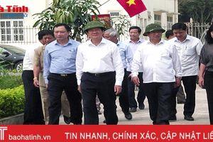 Nguyên Chủ tịch nước Trương Tấn Sang tham quan KDC mẫu tại Đức Thọ