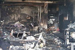 Cháy cửa hàng điện lạnh trong đêm, 3 mẹ con tử vong