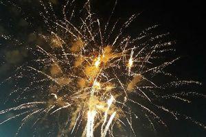 Mãn nhãn ngắm pháo hoa rợp trời ở Lễ hội Du lịch biển Sầm Sơn