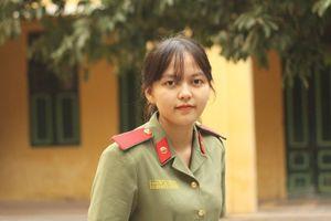 Nữ sinh học viện An ninh Nhân dân và kỉ niệm trúng tuyển ngọt ngào