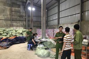 140.000 bỉm trẻ em giả bị phát hiện đang được đóng gói bán ra thị trường